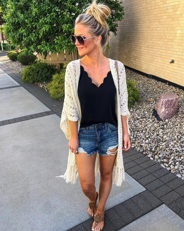 Pretty Short Outfit Ideas To Beat The Heat