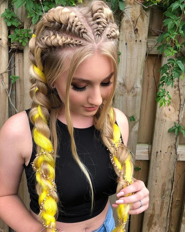 Perfect Coachella Hairstyles for the Boho Souls