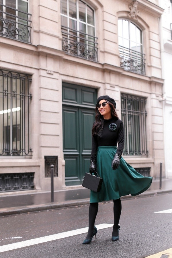 Chic Christmas Party Outfit Ideas To Try